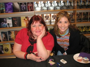 Can you believe it? Me and Cassandra Clare!